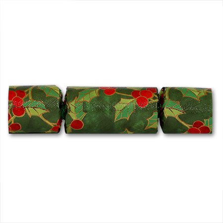 English Christmas Crackers.Holly Berry Christmas Crackers